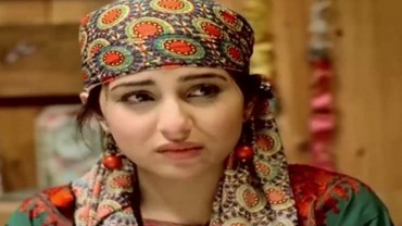 Neelum Kinaray Episode 6 in HD