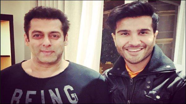 Salman Khan Meeting Pakistani Celebrities