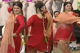Samia Khan Dance in a Live Morning Show Shocked Everyone