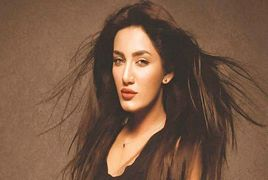 Mathira with Indian Famous Actor