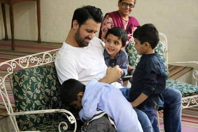 Latest Pictures of Atif Aslam & Wife Sara in SOS Village